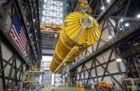 NASA вперше показало ракету, на якій астронавти полетять на Місяць