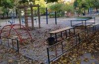 На Дніпропетровщині на будівництві дитячого майданчика привласнили майже 1 млн бюджетних коштів