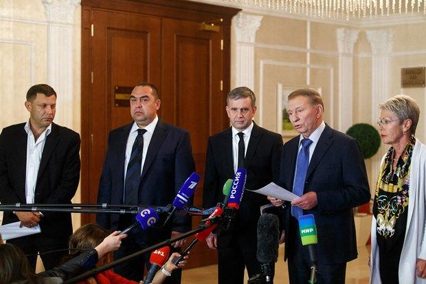 Захарченко та Плотницький в Мінську під час переговорів