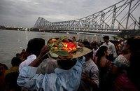 В давке во время праздника в Индии погибли 36 человек