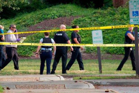 В Канзасе мужчина расстрелял людей в баре