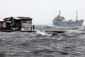 На південний схід Китаю налетів тайфун: щонайменше дев'ять осіб загинули