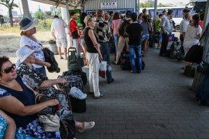 За місяць кількість переселенців з Донбасу подвоїлася