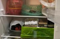 """СБУ: топ-чиновники """"Укрзализныци"""" прятали украденные миллионы в холодильнике"""