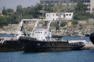 З Криму вивели ще 3 судна українських ВМС