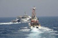 Корабель ВМС США відкрив попереджувальну стрільбу у Перській затоці