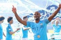 """Экс-капитан """"Манчестер Сити"""" пригласил на свой прощальный матч 10 бывших игроков """"Манчестер Юнайтед"""""""