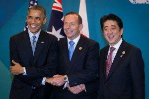 Лидеры США, Японии и Австралии объединились в борьбе с Россией