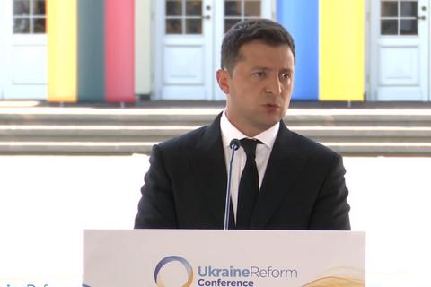 Зеленський: хотілося б отримати вичерпний список реформ, які потрібні для інтеграції з НАТО