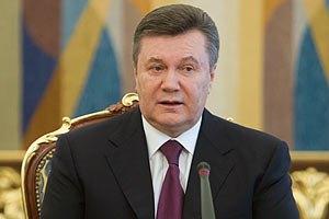 """Янукович осмотрел образцы продукции ОАО """"Мотор-Сич"""""""