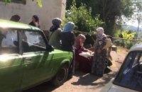 Российские силовики проводят обыск в доме крымскотатарского политзаключенного