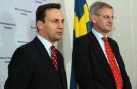 Янукович планировал использовать армию, - МИД Швеции и Польши