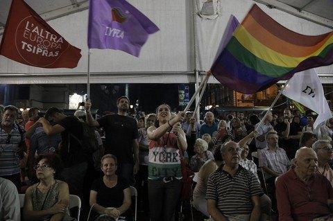 Партия Ципраса выиграла досрочные выборы в Греции