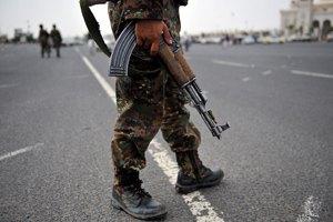 В Йемене террористы напали на военных
