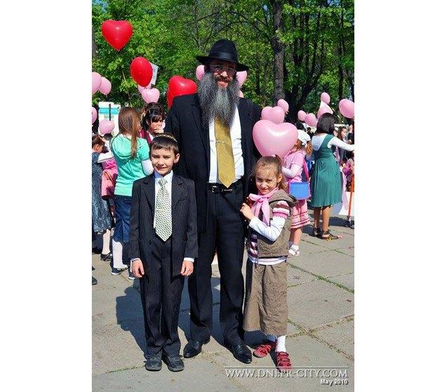 Ашер-Йосеф Черкасский с детьми