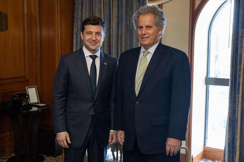 Президент Украины Владимир Зеленский и замдиректора-распорядителя МВФ Дэвид Липтон