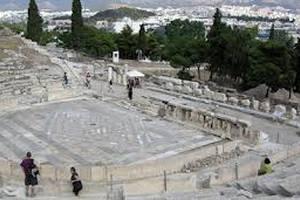 Древний театр в Афинах откроется после перерыва в две тысячи лет