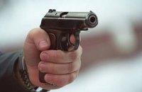 В центре Одессы неизвестные обстреляли четырех охранников