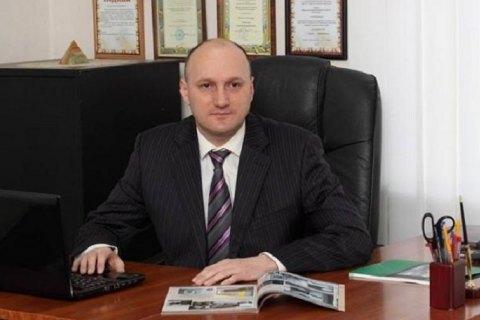 Мер Ромен подав позов проти автора петиції про свою відставку