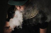 Табачники підтримали закон про оподаткування сигарет і вимагають врегулювання IQOS і Glo