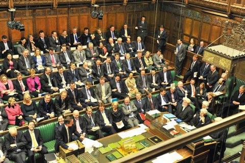 Британский парламент отправил Терезу Мэй на переговоры в Брюссель
