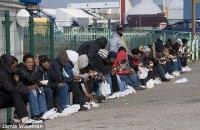 Британскую погранслужбу уличили во взломе и прослушке телефонов мигрантов