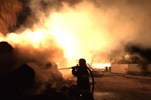 Наскладе вХмельницкой области сгорело 1200 тонн индустриальной конопли