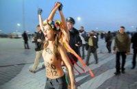 Київська міліція склала на активісток FEMEN адмінпротоколи