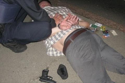 На Маршала Тимошенка в Києві затримали чоловіка за стрілянину на вулиці