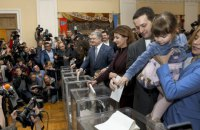 Порошенко проголосував у Києві