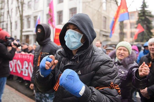 На митинге в Харькове год назад