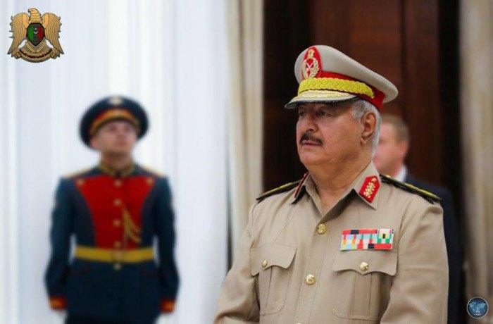 Верховный главнокомандующий Вооружёнными силами Ливии Халиф Хафтар