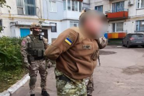 """ГБР задержало пограничника, который работал на """"народную милицию ЛНР"""""""