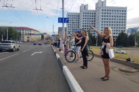 В Минске и других городах Беларуси протестующие снова выходят на улицы