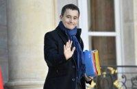 Французький міністр відкинув звинувачення в зґвалтуванні і відмовився йти у відставку