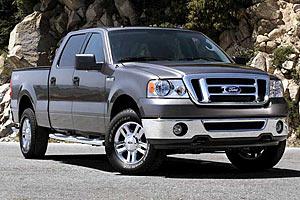 Ford отзывает около миллиона пикапов из-за крепежа бензобаков
