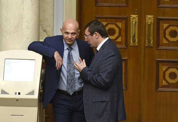 Юрий Луценко и Игорь Кононенко в парламенте