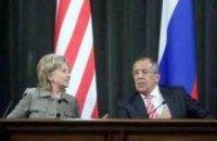 Клинтон попросила Киев не лезть перед Обамой в пекло