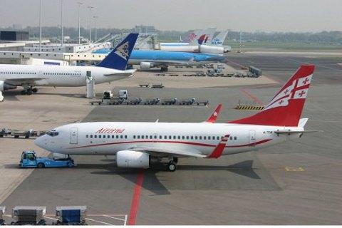 Грузія продовжила заборону на авіаперельоти з України до серпня