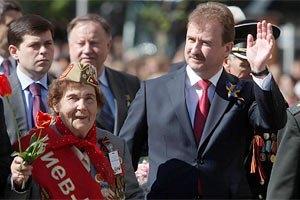 В Киеве выплачивают матпомощь ко Дню Победы
