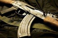В России военнослужащий застрелил трех человек и скрылся с оружием