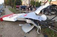 В Івано-Франківську дівчина на BMW розбила п'ять автомобілів на парковці