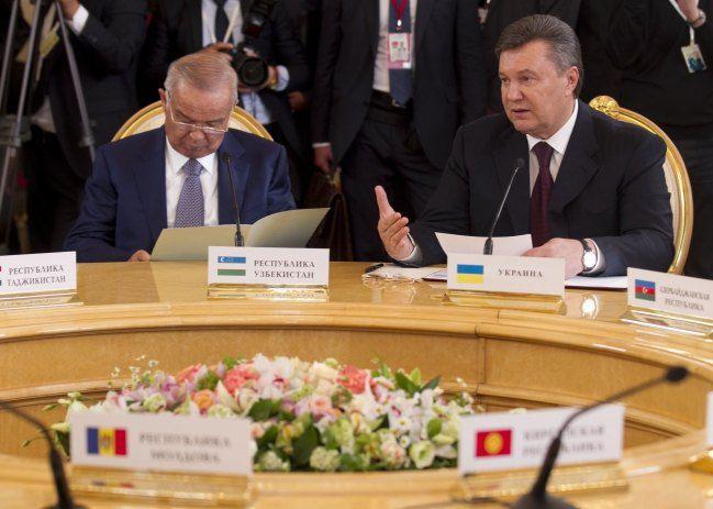 Янукович объяснил: Украина хочет газотранспортный консорциум. Трехсторонний