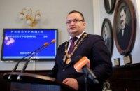 Мер Чернівців закликав Раду призначити позачергові вибори до міськради