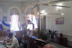 Партія Тимошенко заявила про підміну правосуддя фікусами