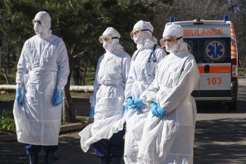 «Нам страшно так само, як і вам»: українські медики проти коронавірусу