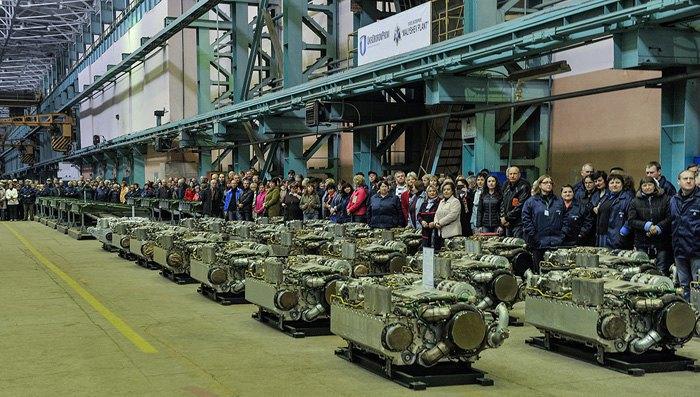 В Харькове передали ВСУ 16 танков Т-80 и Т-64БВ и пять БТР-4