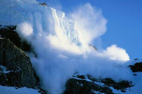 На Закарпатье в среду сошли три снежные лавины