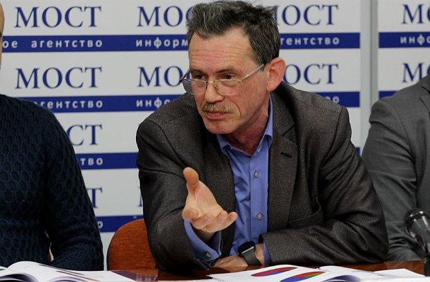 Михаил Крапивко