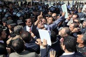 В Египте продолжаются массовые беспорядки
